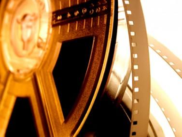 السينما الشرقية: لصّ قبيح يتلصلص على الغرب